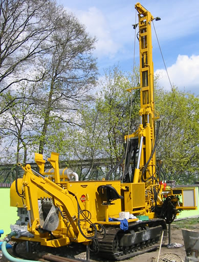 Caterpillar drilling rig WHG-150 type